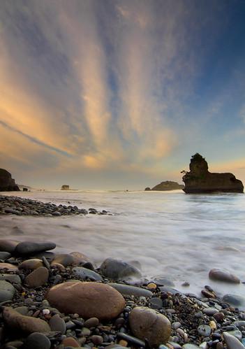 "ocean new sunset sea newzealand seascape beach clouds sunrise landscape sand rocks peter zealand nz limestone pete southisland westcoast prue seastacks ""new zealand"" ""peter ""copyright motukiekie ""pete peteprue prue"" ""petepegasusbayconz"""