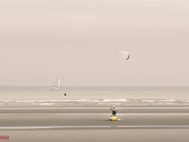 La femme au bord de la mer 2