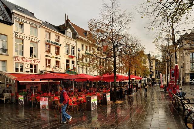 Antwerp : The Groenplaats after the rain  - 2 -