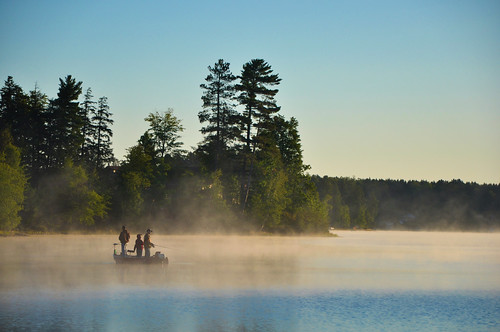 fog fishing nikon michigan air steam upperpeninsula gwinn nikond90 nikon181053556 bigshaglake queencottages