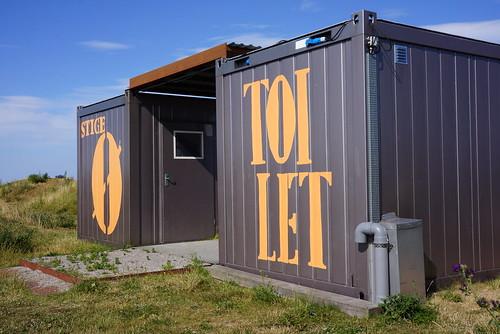 Stige-Oe-Toilet-naer-Legebasen