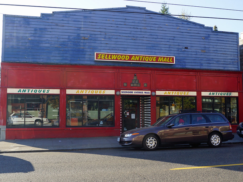 Sellwood Antique Mall 7875 Southeast 13th Avenue Portland, OR 97202