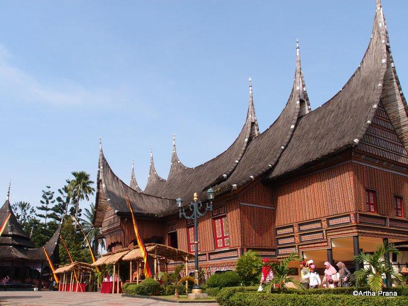 Rumah Adat Sumatera Barat Replica Of Traditional House Of Flickr