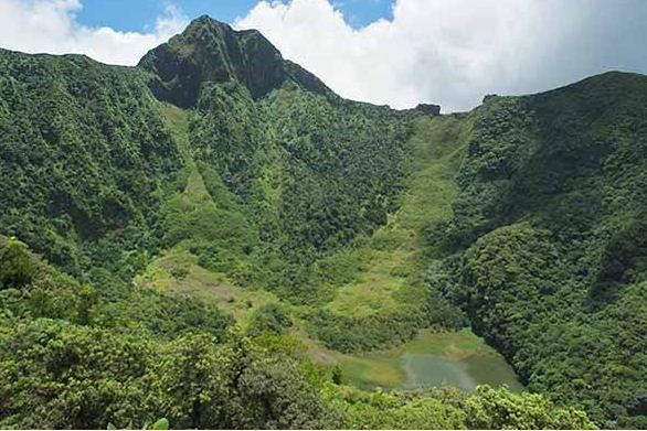 La vue au sommet du volcan du