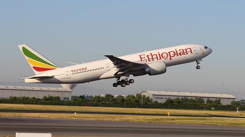 etaql boeing 777200lr ethiopian airlines dublinairport dub eidw dublin airport takeoff 777 772 sunrise aviation jet plane spotting fuel