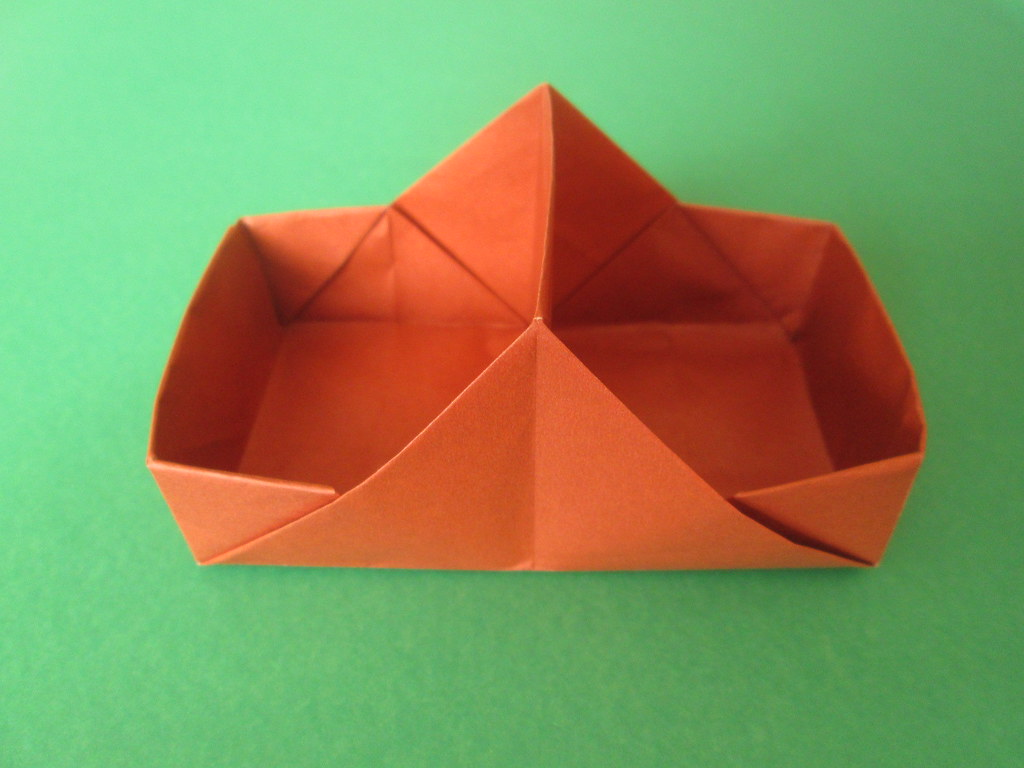 Origami Pill Box / Organizer Tutorial - DIY - Paper Kawaii - YouTube | 768x1024