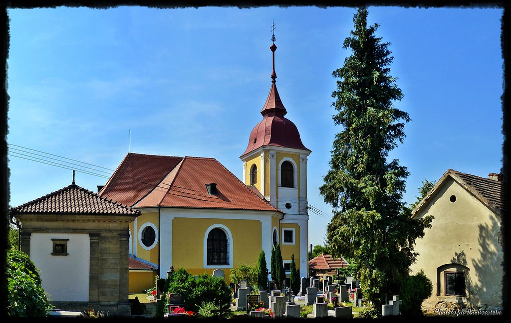 Kirche der Erhebung des Hl. Kreuzes in Zdib bei Prag