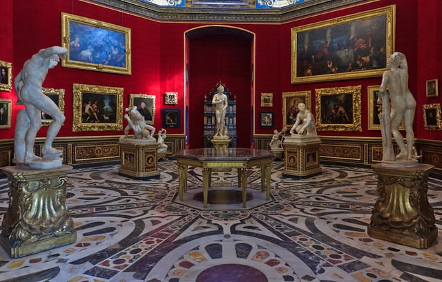 Room Nr. 18 (The Tribune) in the Uffizi Gallery, Florence Italy