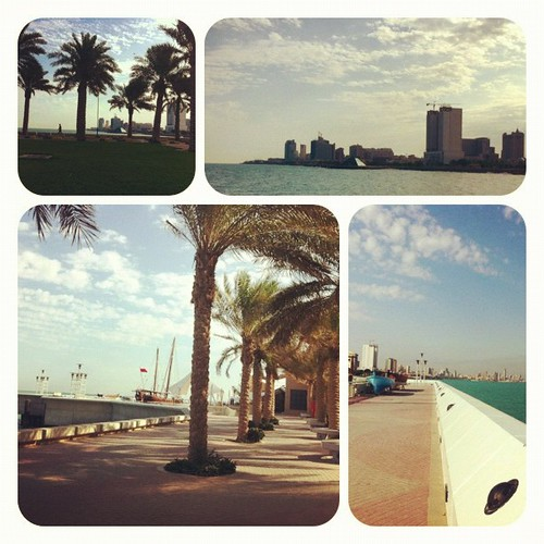 My morning walk from marina crescent to scientific center an back. 29.10.12 | by ~W~
