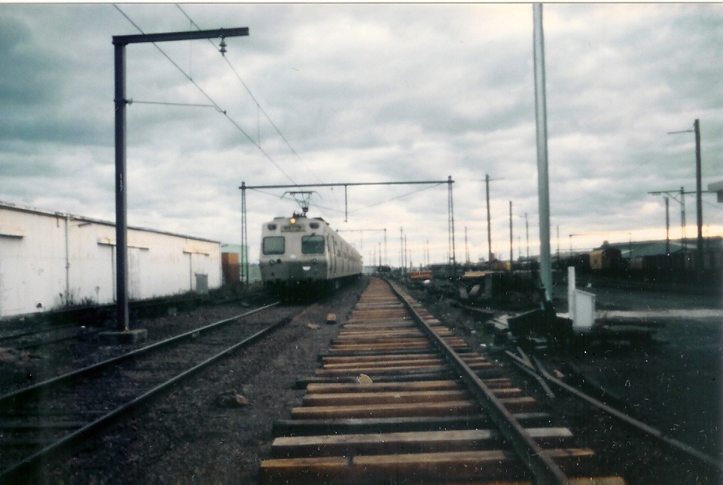 Up Port Melbourne leaving the terminal 25-8-1987 by Robert Aquilina