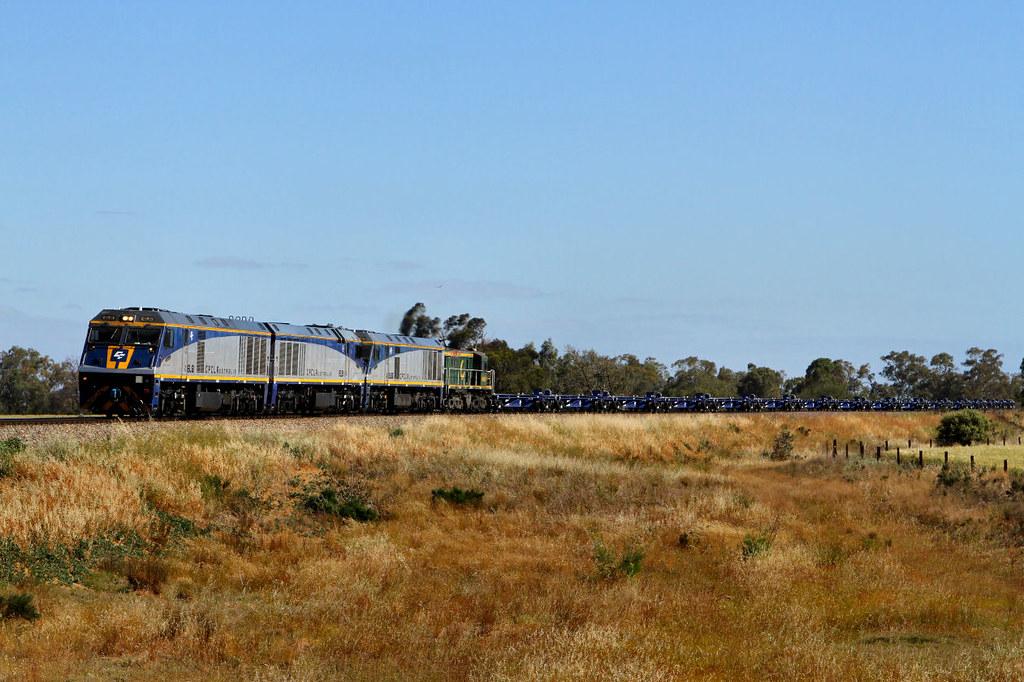 EL61 EL51 EL53 48s28 1543 Wagon Transfer Gallipoli Rd Mallala 01 11 2012 by Daven Walters