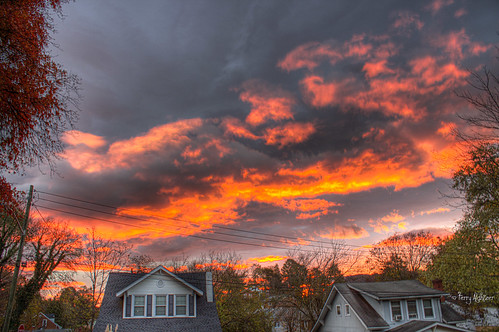 halloween sunrise virginia view front roanoke terry porch handheld hdr aldhizer terryaldhizercom