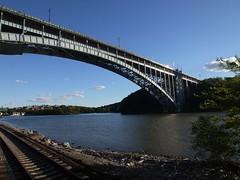 日, 2012-09-23 17:23 - Henry Hudson Bridge