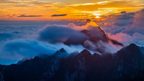china sunrise dawn 2012 huangshan anhui 24105mm canonef24105mmf4lisusm canoneos5dmarkiii 5dmkiii twoweektour chinascenes