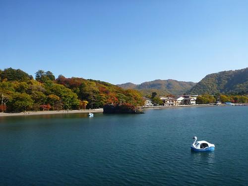 Lake Towada   by Kzaral