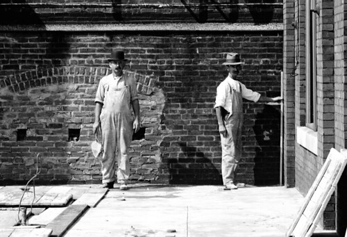 Bricklayer Masons, Frankford EL Construction, 1913   by rich701