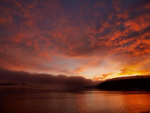 mist sunrise scotland highlands cromarty sutor haar harr