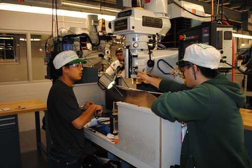 ENGS 21 TAing | by Thayer School Machine Shop