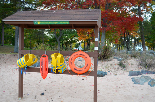 Life saving devices at Picnic Rocks | by michiganseagrant