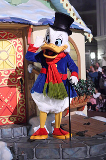 Scrooge McDuck   by Sam Howzit