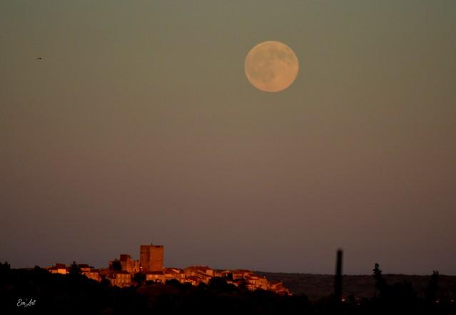 Pleine Lune sur Moussac (Gard)  - Full mOOn on Moussac - Gard - France