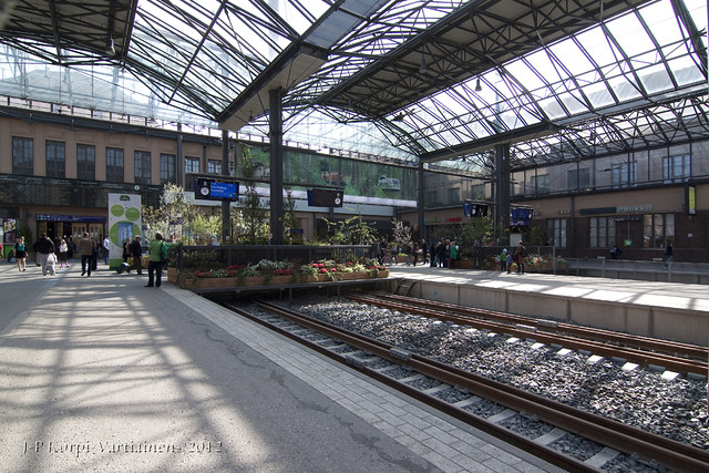 Helsinki Railway Station in May 2012 - B11