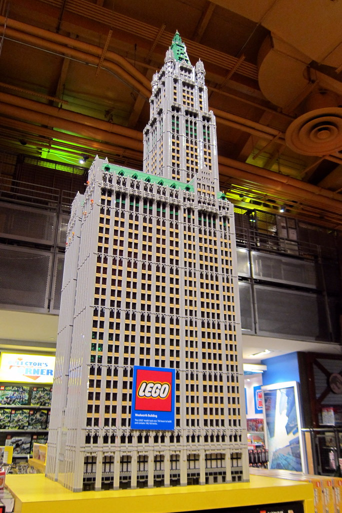 """NYC - Times Square: Toys """"R"""" Us - LEGO Woolworth Building ..."""