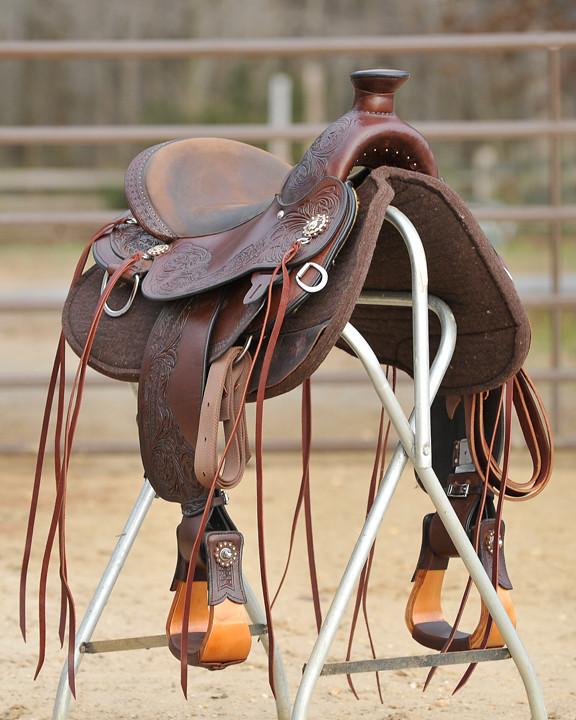 Circle Y Walnut Grove Flex2 Trail Saddle for sale | $1,500 p
