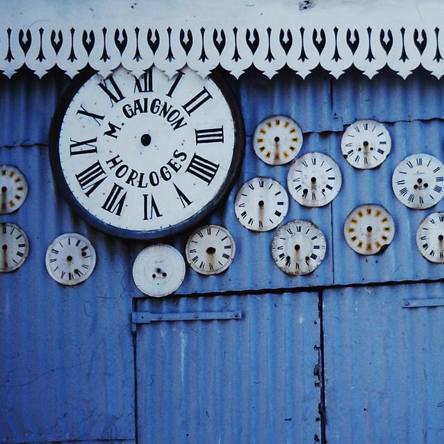 fleamarket clocks