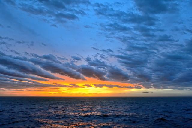 Sonnenaufgang über dem Meer...