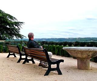 Uitzicht over de Lot. Park van het Chateau de Fumel