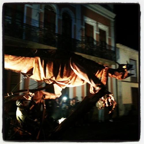 Dragones y princesas ocupan las calles de La Laguna en una noche en blanco.   by Pedro Baez Diaz @pedrobaezdiaz