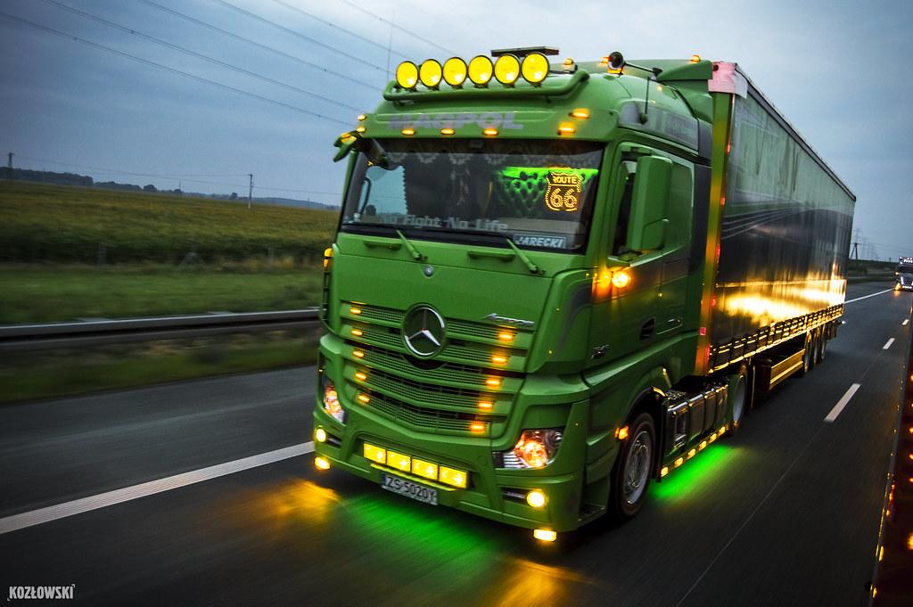 Spiksplinternieuw Mercedes Actros MP4 Magpol (PL) | Mercedes-Benz Actros MP4 S… | Flickr XA-78