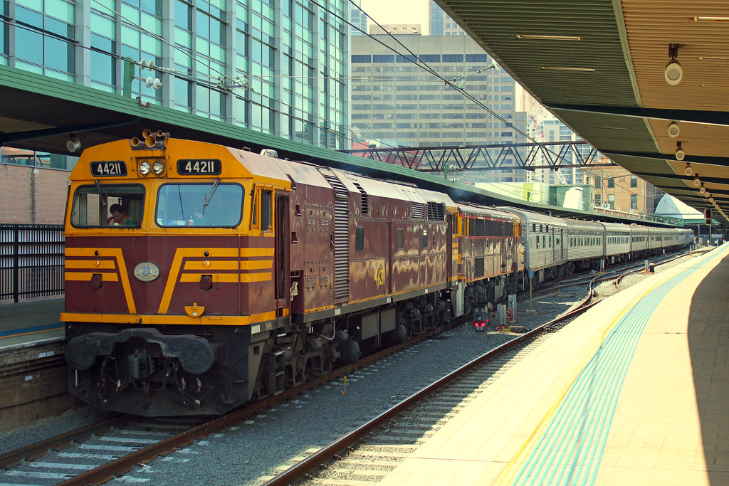 44211, 4490 6L63 Central by Thomas