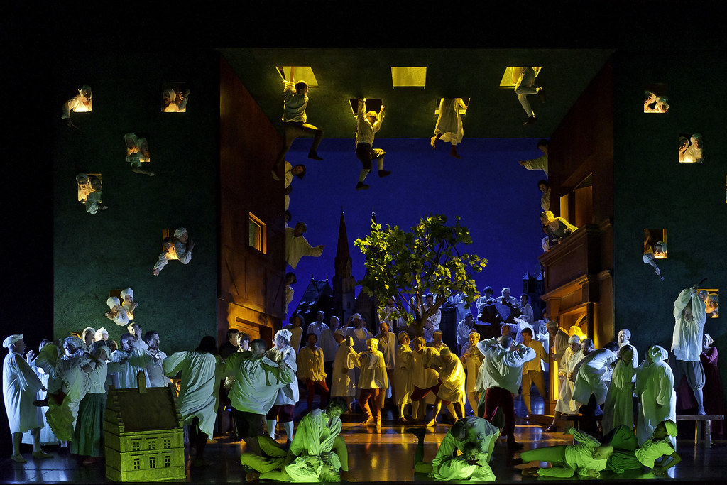 Artists of The Royal Opera in Die Meistersinger von Nürnberg © Clive Barda / ROH 2011