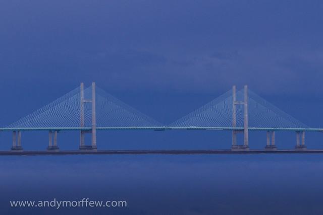 Moiré Bridge