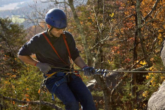 Eric Scott rappelling 1, Lookout Mountain, Walker Co, GA