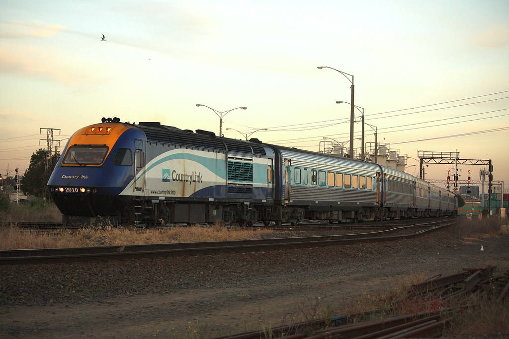 XPT to Sydney by LC501