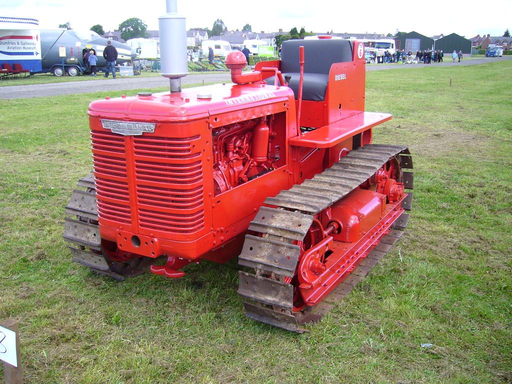 International Harvester TD6   @ Dumfries   Allan Little   Flickr