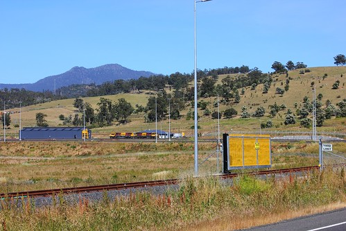 gm brighton australia tasmania emd diesellocomotive 2053 tasrail locomotivedepot canoneos550d trainsintasmania stevebromley 2050class brightonhub