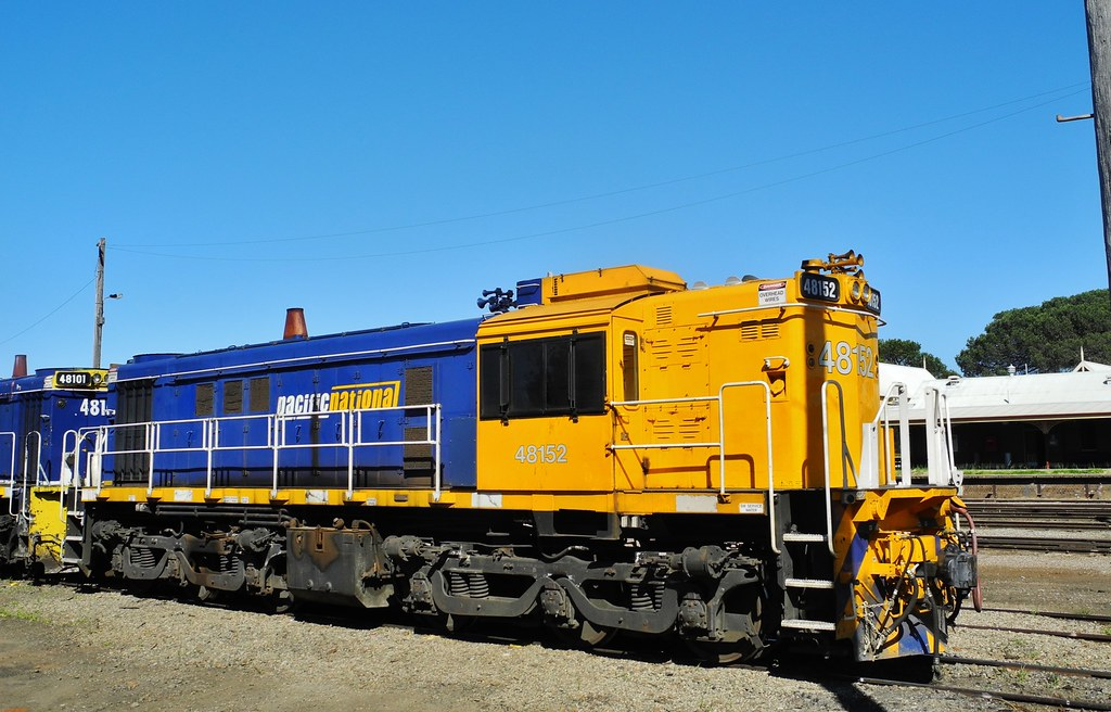 Pacific National 48152 by Rodney Gaulke
