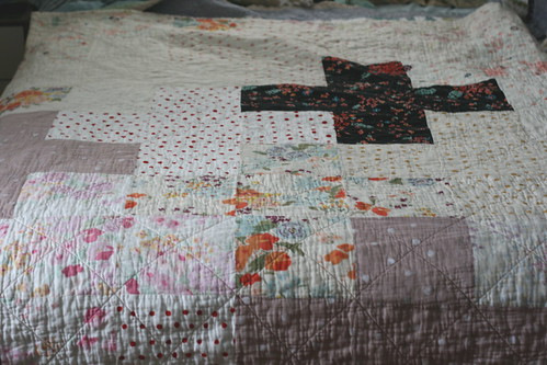 Crossed Up Comforter Quilt | by all buttoned up