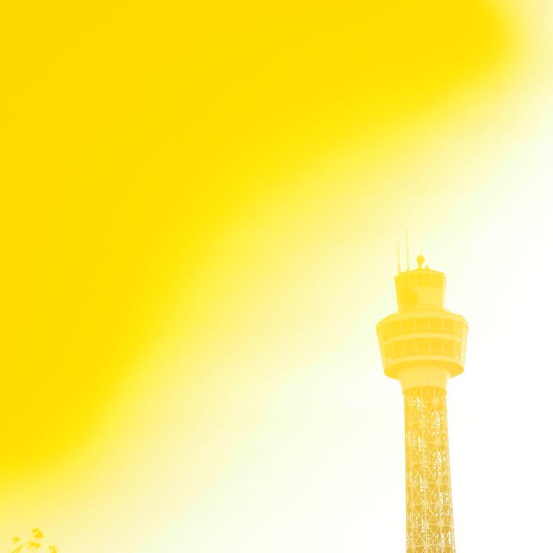 いちょう色タワー (Olympus Special Photo Rouge 2013) by Noël Café