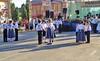 Die Kindergruppe der Gemeinde führt deutsche Tänze und zusätzlich deutsche Brauchtumslieder vor