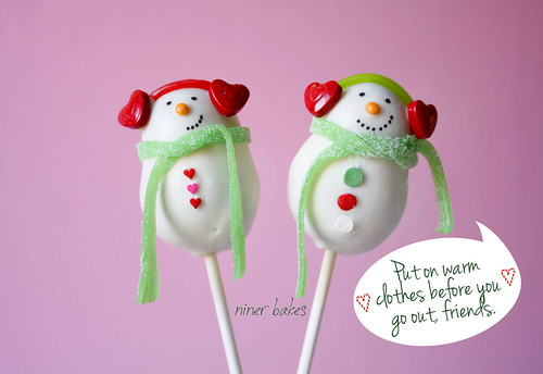 Snowman Cake Pops by niner bakes | by niner bakes