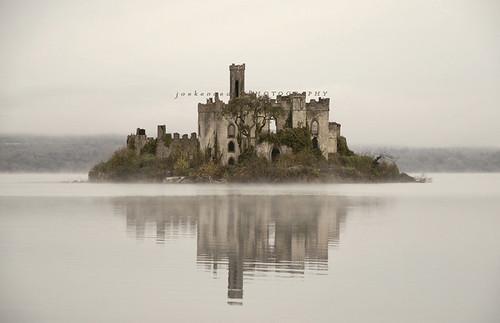 lake castle water fog island ruins folly boyle rockingham castleisland loughkey