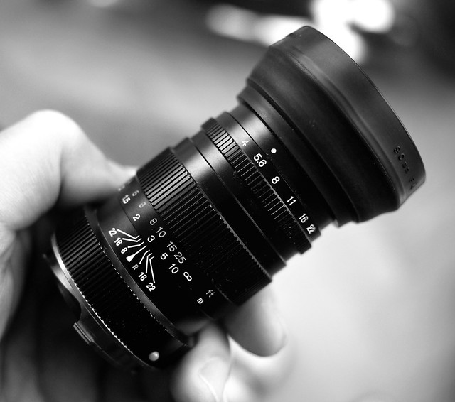 Minolta Rokkor 90mm f/4.0 monture Leica M