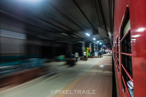 Entering Jhansi   by Pixel Trailz