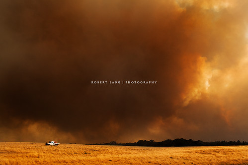 Coomunga bushfire, Eyre Peninsula - South Australia 20/11/2012 | by Robert Lang Photography