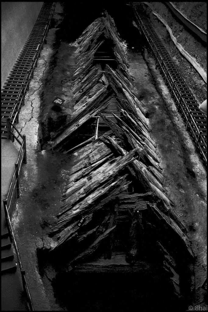 The grave of Yun Chang, King o...